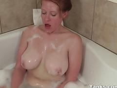 Sexy Amateur Ginny Toying Her Pussy