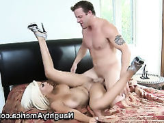 Seth Dickens gives super sexy Bridgette B.s