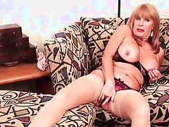 mature lady wants you to watch her