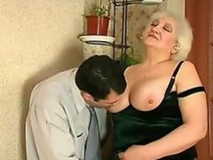 Mature helps her man jerk off R20