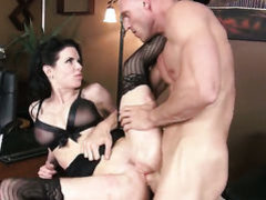 Veronica Avluv with huge boobs keeps her mouth wide