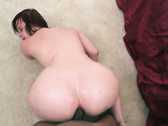 Brunette Virgo Peridot with big booty makes mans