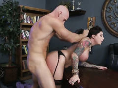 Tattooed hottie has sex in office