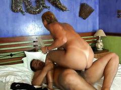 Piercings Pryscila Brandao and hard dicked guy enjoy oral sex