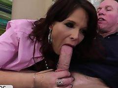 Syren De Mer takes an anal ride