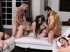 Dad fucks crony' associate's daughter amateur and remote