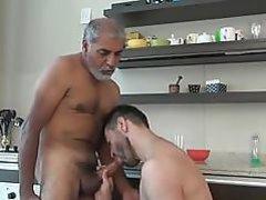Men's 52