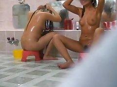 hidden cam captures sexy babes showering!